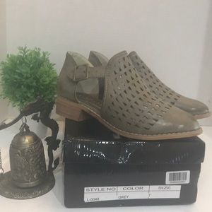 Distressed-Look Grey Monks Shoes Women's Size 7
